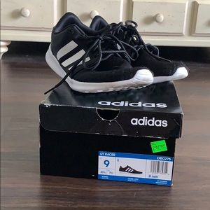 Adidas runner size 9